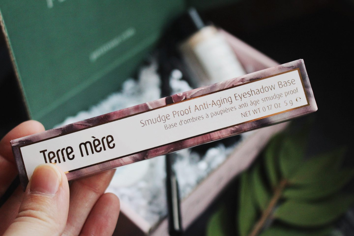 terre mere eye shadow base